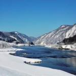 幻想の世界に息づく最上川峡の自然と歴史文化